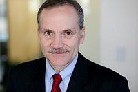 Headshot of Louis Lovas